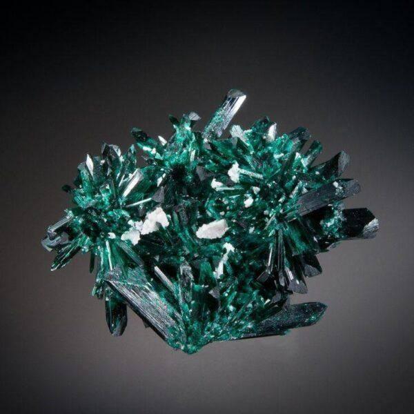 Брошантит: значения, полезные свойства, характеристика камня