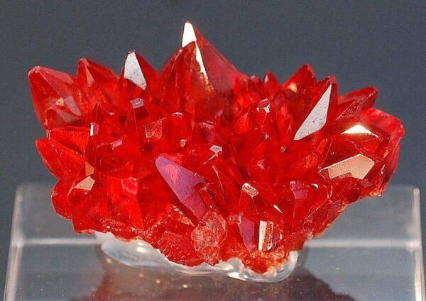 Цинкит: значения, свойства, описание, основные характеристики камня