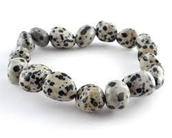 Далматинская яшма: значения, полезные свойства камня описание