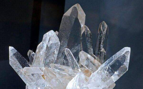 Кристалл Энгидро: значения, свойства и особенности его ношения