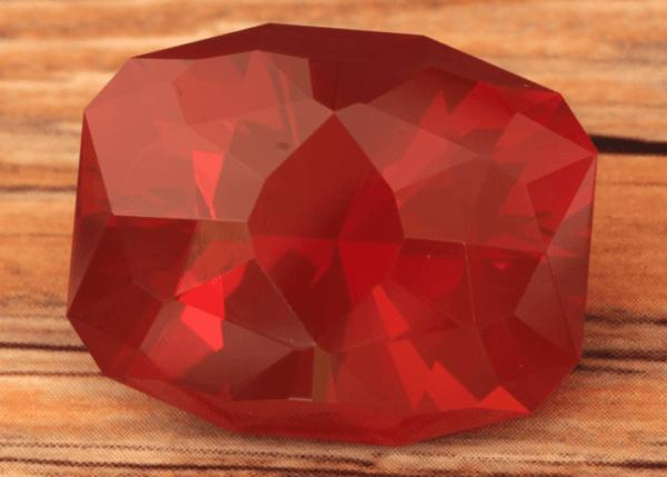 Огненный опал: значения, свойства и возможности камня, полное описание