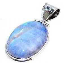 Опаловый камень: описание, влияние на жизнь человека, кому подходит