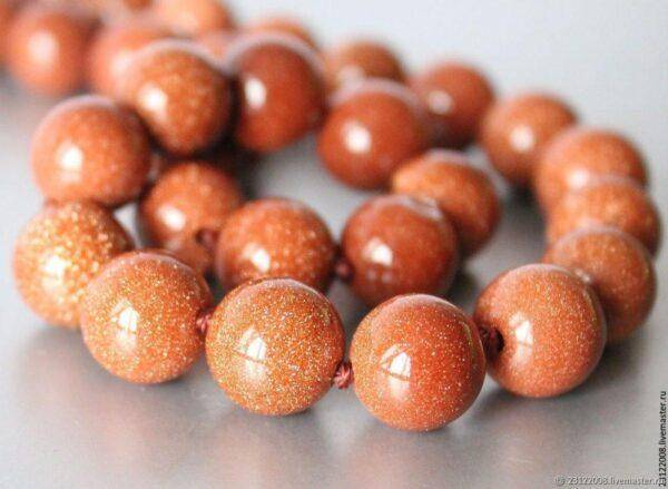Персиковый авантюрин: значение, полезные свойства и влияние на жизнь человека