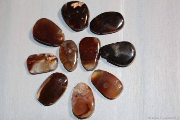 Шаманские камни: значения, свойства и особенности их использование в повседневной жизни