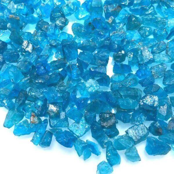 Синий апатит: значения, свойства, описание