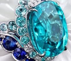 Синий Турмалин: свойства, описания, кому подходит