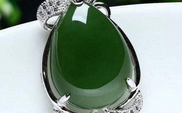 Зеленый нефрит: описание. кому подходит, полезные свойства