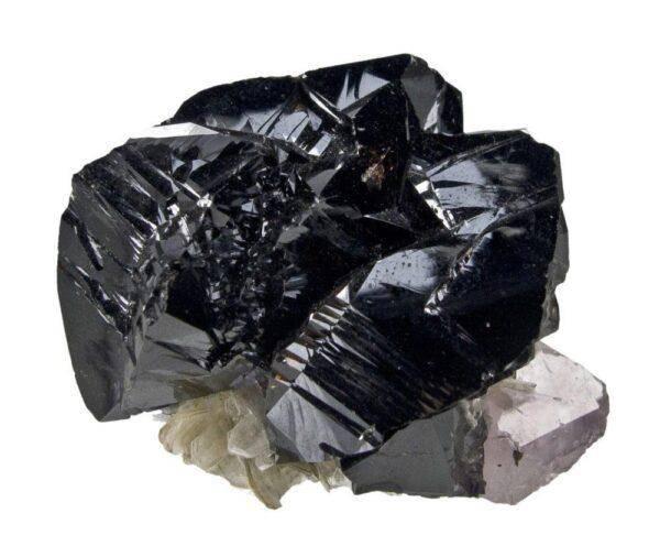 Касситерит: значения, свойства и особенности его ношения